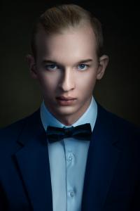 férfi portré, stúdió
